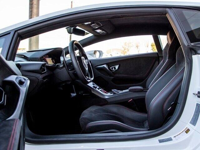 Image 8 Voiture Européenne d'occasion Lamborghini Huracan 2019
