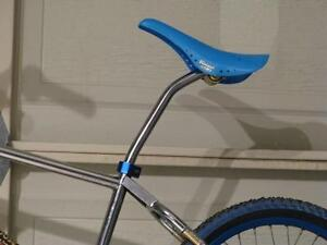 BRAND NEW Old School Lay-Back Seatpost for BMX Bikes RETRO VINTAGE