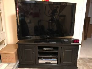 Canadian Made (Springwater Woodcraft) Pine TV Stand