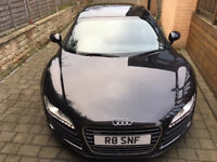 """Audi R8, Magnetic Ride and """"R8 number plate"""""""