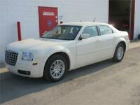 2008 Chrysler 300 Touring 3.5 V6 ~ 81,000kms! One owne ~ $ 6,999