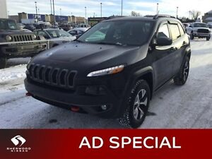 2015 Jeep Cherokee TRAILHAWK AWD Leather,  Heated Seats,  Sunroo