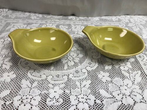 2 Russell Wright Steubenville American Modern Chartreuse Lugged Soup Bowls 6 7/8