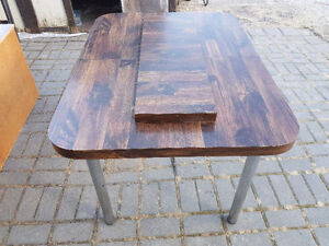 Table with leaf extension