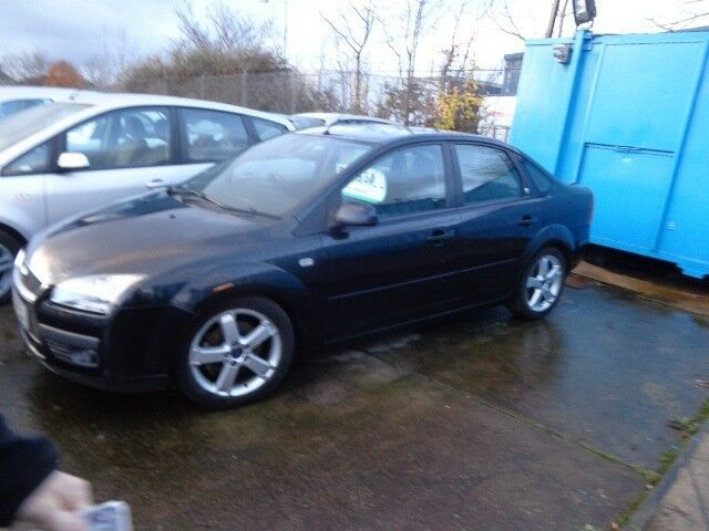2005 Ford Focus 2.0 GHIA Saloon to Clear £595