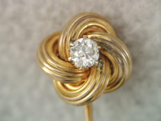 ANTIQUE VICTORIAN SOLID 10K GOLD &  20 POINT DIAMOND LOVERS KNOT STICK PIN