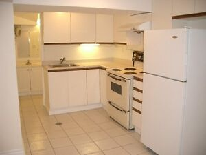 Large Renovated 1 BR Apt. Yonge/Sheppard, Willowdale