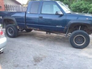1998 Chevrolet Cheyenne 7 in suspension super  lift Pickup Truck