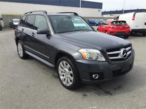 2010 Mercedes-Benz GLK 350 4-MATIC (ONLY 94,000) LOCAL