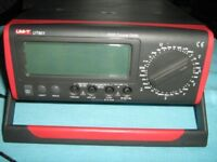 Uni-t UT801 BENCH MULTIMETER