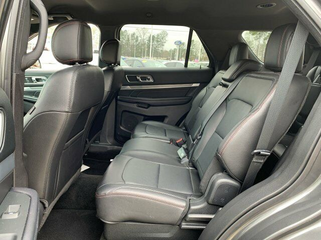 Image 5 Voiture American used Ford Explorer 2017