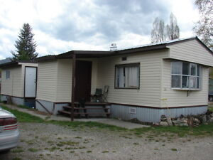 Mobile home for sale in a park in beautiful Barriere BC
