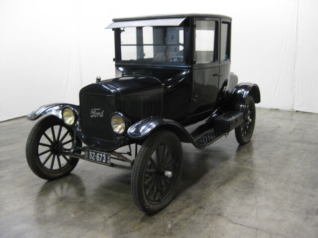 Ford : Model T Coupe All Original - Paint - Interior - Top - Everything