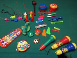 various musical toys / noise makers (clean & very good condition