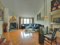 Beautiful Condo + Mezzanine - Quite Residential Area - Must See