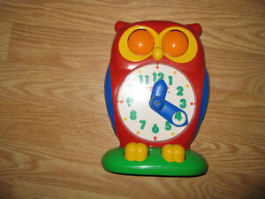 Learn to tell time Owl by TOMY London Ontario image 1