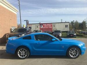 2014 Ford Mustang V6 Premium | Leather | Only 36K Km's