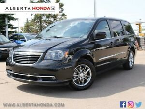 2015 Chrysler Town & Country S Nav Dual DVD Power Liftgate