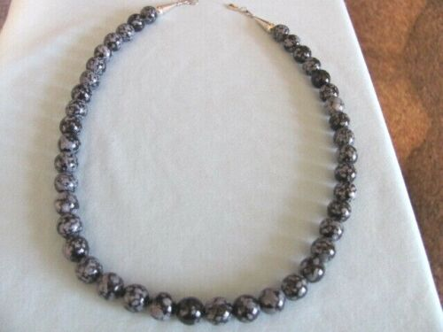 VINTAGE SOUTHWESTERN SNOWFLAKE OBSIDIAN BEADS NECKLACE STERLING CONE END CLASPS