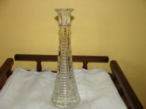 beau vase à fleurs en verre travaillé