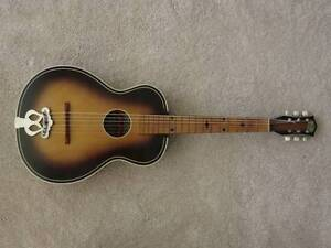 Collectable Antique Bellini Guitar Archtop Acoustic Parlour size Collaroy Manly Area Preview