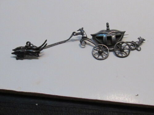 STERLING SILVER  CINDERELLA CARRIAGE  PIN