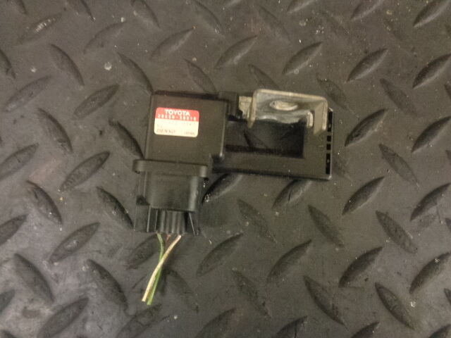 2006 LEXUS IS220D 2.2 DIESEL BATTERY CURRENT SENSOR 28850-50010 131400-0061