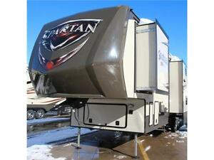 INCREDIBLE TOY HAULER VALUE - 2016 SPARTAN 3712 Edmonton Edmonton Area image 2