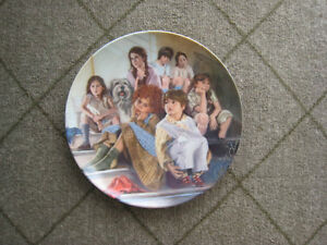 Collector Plate – Annie and the Orphans