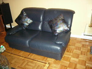 Italian  Leather Couch and Loveseat West Island Greater Montréal image 2