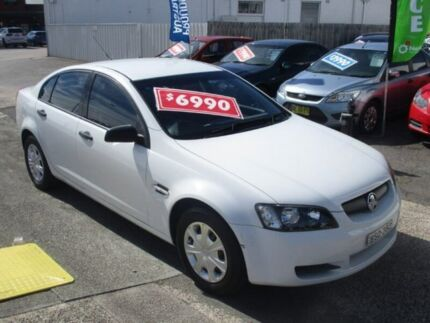 2006 Holden Commodore VE Omega White 4 Speed Automatic Sedan Broadmeadow Newcastle Area Preview
