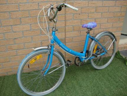 Graecross Ladies Bike Vintage Collectible 5 speed