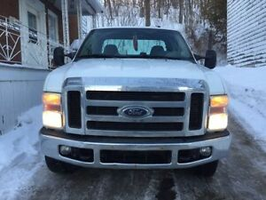 2008 Ford F-250 Super Duty XLT Garantie 25 mois !! Carproof.