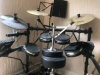 alesis electronic drum kit with surge cymbals rrp 700 **can post**