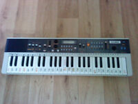 Casio casiotone mt-70 keyboard with Carry Case