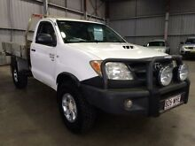 2007 Toyota Hilux KUN26R 07 Upgrade SR (4x4) White 5 Speed Manual Cab Chassis Macquarie Hills Lake Macquarie Area Preview