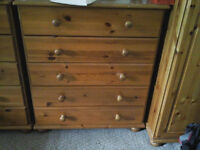 chest of drawers for sale £25