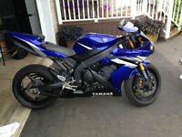 *****FOR  SALE  2006  YRF R1  MINT  LOW  KMS****
