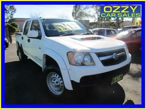 2010 Holden Colorado RC MY10 LX (4x4) White 5 Speed Manual Crewcab Minto Campbelltown Area Preview