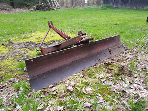 3 POINT HITCH FARM TRACTOR BLADE