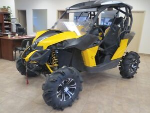 2014 Can-Am Commander MAVERICK XMR