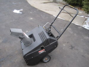 Murray Snow thrower
