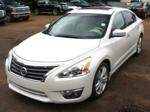 2013 Nissan Altima LOADED 3.5L V6 FINANCE AVAILABLE