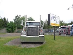 "2007 FREIGHTLINER CLASSIC XL, CAT C-15 550HP, 280"" WHEEL BASE Kitchener / Waterloo Kitchener Area image 2"