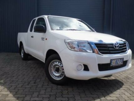 2014 Toyota Hilux GGN15R MY14 SR White 5 Speed Automatic X Cab Pickup