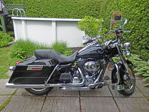 H-D ROAD KING (FLHR) 2013 | TWIN CAM 103 ENGINE