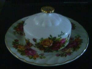 Royal Albert Old Country Roses Butter Dish and Val D'Or Salt
