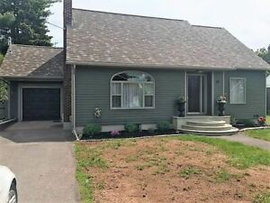 OPEN HOUSE 27 Stewart Ave. Sussex  Sunday Aug 18th 2:00 to 4:00
