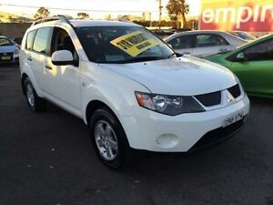 2008 Mitsubishi Outlander ZG MY08 LS White 6 Speed Continuous Variable Wagon Lidcombe Auburn Area Preview