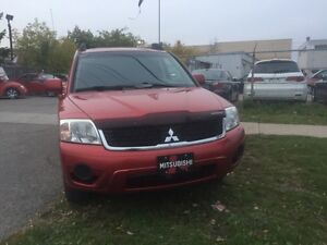 2009 Mitsubishi Endeavor XLS XLS 4WD! HEATED SEATS! SUNROOF!